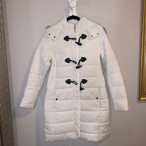 Long white warm jacket